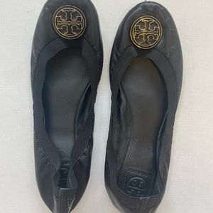 Authentic Tory Burch Leather Flat Shoes